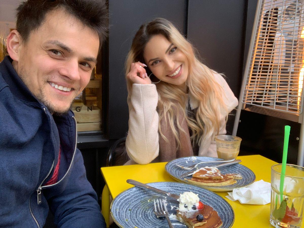 Cu Prea Fericita Monica