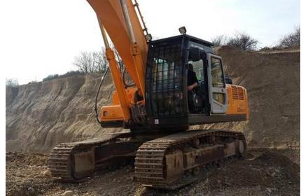 Excavator Hyundai 320 LC-7A