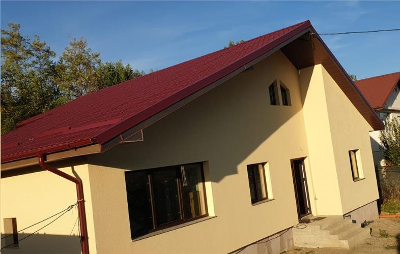 Casa P+M, 5 camere, 2 bai, din an 2018