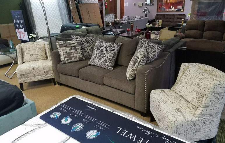 Three-Seat Sofa with Two Accent Chairs